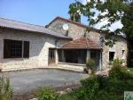 Bien immobilier en French property � vendre: Ensemble en Pierres sur Grand Terrain