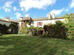 Bien immobilier en French property � vendre: Superbe Maison de Bourg avec Jardin