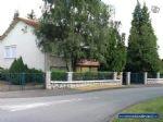 Une grande maison d habitation avec garage/grange et jardin (2000m²)