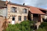 Cette maison de caractère se situe sur la commune de Bonnat, dans la  Creuse
