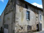 Maison Tres Ancienne A Renover - 3 Niveaux - 1 Piece Par Etage
