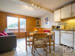Bien immobilier en French property à vendre: Appartement 4-piéces «skis aux pieds» avec vue superbe