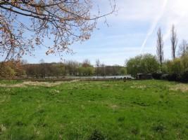 Terrain à bâtir avec vue sur lac et permis en cours de validité