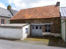 Ancienne maison d'habitation à rénover en pierre