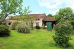 Maison avec 1,4 hectares, 5km de L'Isle Jourdain.