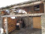 A vendre - Grange mitoyenne à renover - Feissons-sur-Salins