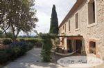 Domaine avec magnifique maison en pierre, 400 m² de surface habitable, rénovation contemporaine