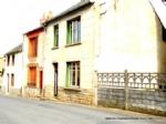 Une maison debourg avec un garage, une cave et un jardin a vendre en Auvergne