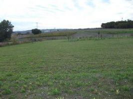 Terrain constructible dans un hameau à 7kms de Mirambeau