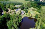 Moulin avec quatre gîtes, lac de pêche et 3 hectares