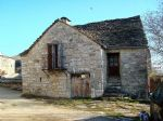 Maison de village en pierres et lauzesavec garage et cave