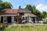 Maison indépendante, joliment restaurée, avec tout le confort nécessaire, et un beau jardin