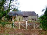 Maison en pierre et grange à rénover