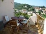 *Studio meublé ensoleillé - grande terrasse ensoleillée, vues, au centre du village