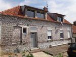 Maison en brique semi-mitoyenne à 5mn d'Hesdin avec grange et dependances