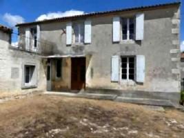 Charente - 38,000 Euros
