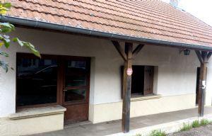 Jolie maison de village, grande superficie mais petit prix