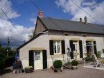 Cette jolie maison avec jardin, situee dans le Morvan en Bourgogne