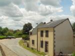 Jolie maison de bourg avec garage, grange