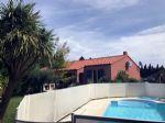 Agréable Villa 4 Faces avec Piscine sur Terrain Paysagè