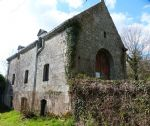 Grande maison en pierre a renover sur 3800m²