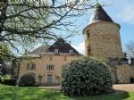 Proche de Figeac, élégant château de 620 m² avec 11 chambres, entièrement restauré