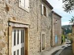 Maison de Village avec Garage et Cour