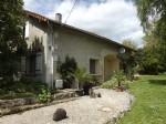 Juignac - Maison en cmapagne - 4 chambres, dependence, et jardin prive