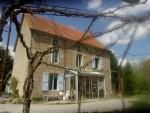 Belle maison avec granges sur 1,2 HA dans endroit isolé avec belle vue