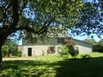 Belle maison avec grange dans hameau tranquille