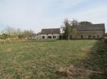 Maison individuelle de 2 chambres avec une grande grange et beaucoup de terrain