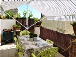 Maison vigneronne rénovée avec un grand garage et terrasse avec vue