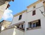 Maison de village avec garage et terrasse