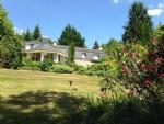 Magnifique propriété avec étang dans cadre verdoyant.