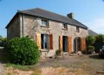 Jolie maison en pierre a renover sur 752m².