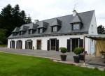 Belle maison avec grand appartment sur 3.6 hectares