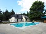 Grande propriété 6 chambres avec piscine chauffée, hangar sur un terrain d'envrion 4 000 m²