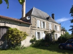 Maison de Maitre à rénover. Sud Charente
