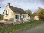Cette coquette maison se trouve pres du Sud Morvan dans un cadre de verdure