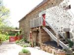 A vendre dans le Puy de Dome, Auvergne, une maison avec grange et jardin