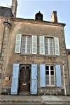 Une offre exceptionnelle! Ancienne maison de village mitoyennée et traditionelle, deux chambres