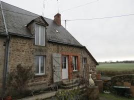 Maison de campagne de 4 chambres avec grand jardin et granges