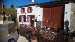 Maison de village rénovée avec 2 chambres et Grange.