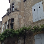 Bon grand appartement à Avallon, une paisible ville de Bourgogne