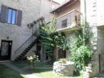 Spacieuse maison avec 3 chambres, grenier, garage, ancien magasin, terrasse et jardin !