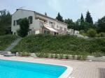 Spacieuse villa avec gîte sur 12040 m² avec piscine chauffée et vues magnifiques !