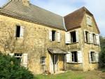 Charmante maison à rénover proche Monpazier avec terrain de 3460m2 et 3 chambres à coucher