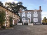 Belle Maison de Maitre avec gîte, dépendances et 1,7 hectares de terrain