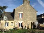 Maison à vendre le quiou : maison de village en pierre à rénover avec dépendance