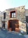 *Maison de village rustique avec toit-terrasse